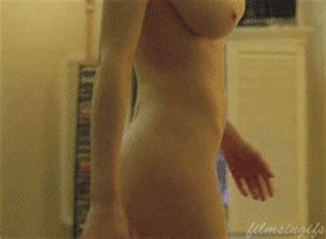 lindsay lohan nude marilyn monroe shoot animatedgif 245x180